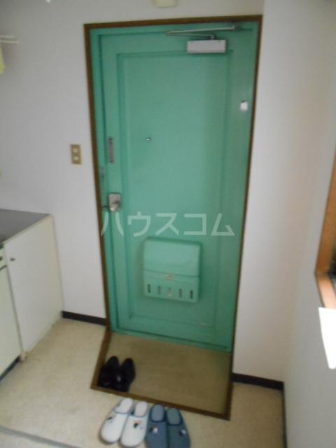 東台グリーンハイツ 105号室の玄関