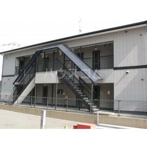 ルート門松駅ⅡB棟の外観