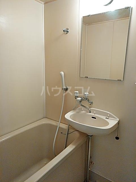 レジデンス貝塚 101号室の風呂