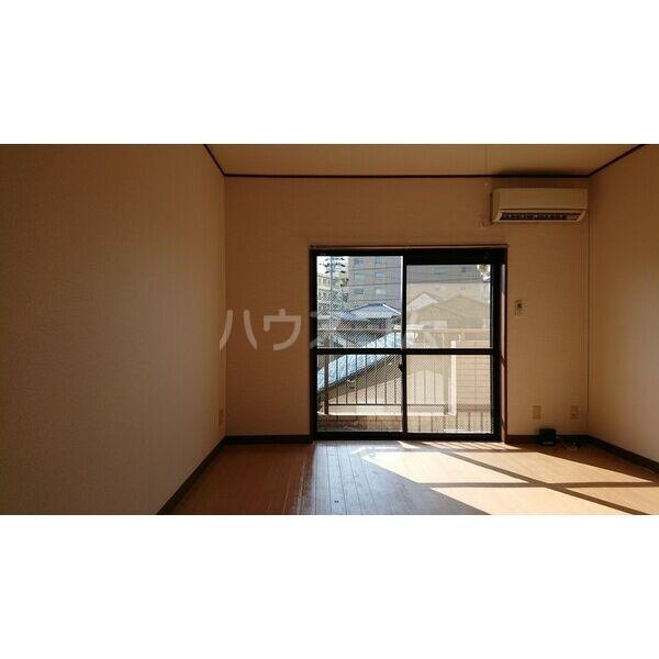 柳津パレス 203号室の居室