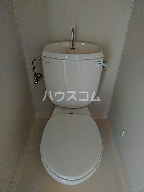 RX神宮前 305号室のトイレ