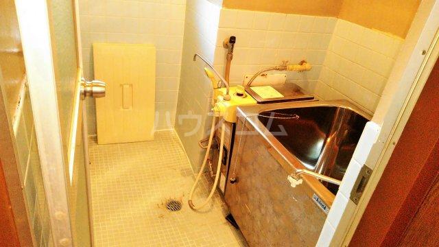 斉藤マンション 302号室の風呂