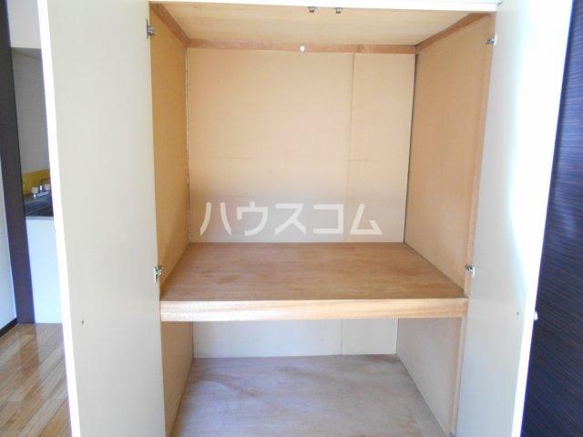 アルファメゾンB 102号室の収納