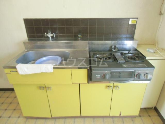 サニーハイツ 201号室のキッチン