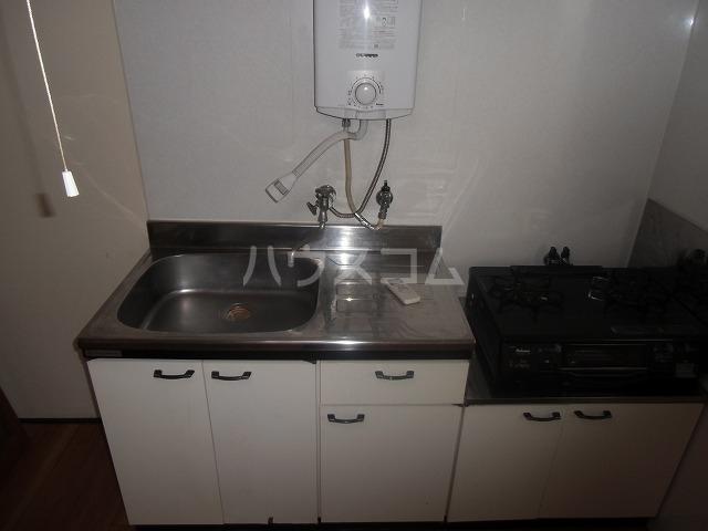 サンハイツ 502号室のキッチン