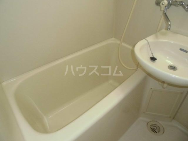 ラフィネ浜 7D号室の風呂