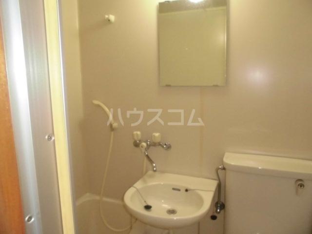 ラフィネ浜 7D号室の洗面所