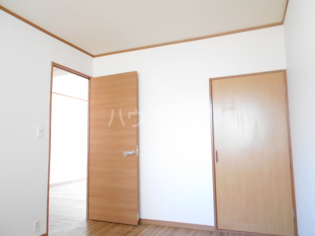 第二悠ハイツ 203号室の収納