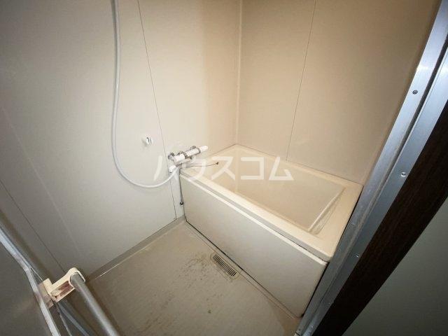悠ハイツ 105号室の風呂