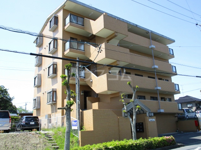 掛川マンション 101号室の外観