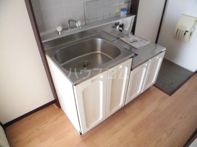 サンシティ クシマ 202号室のキッチン