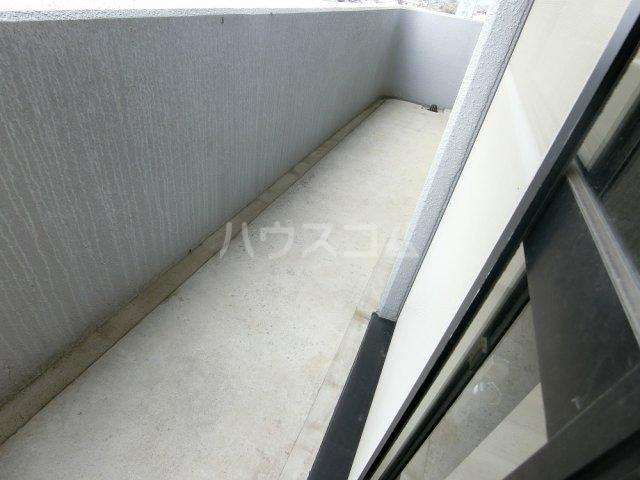 メゾン21 406号室のバルコニー