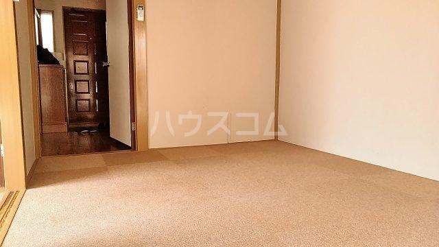 吉澤マンション 201号室のリビング