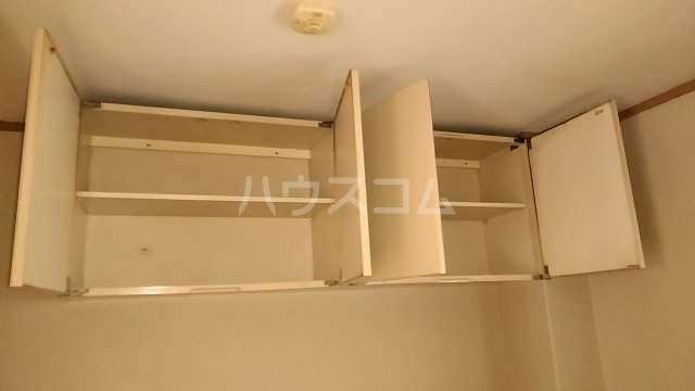 吉澤マンション 201号室の収納