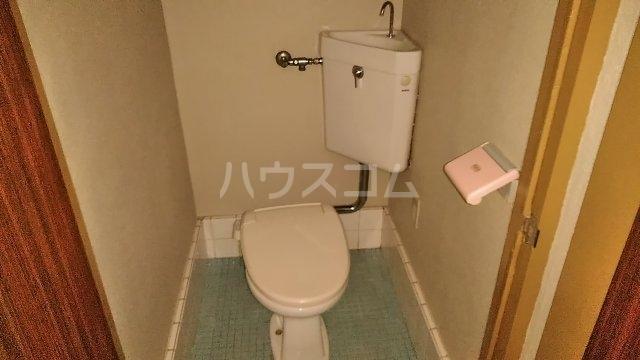 吉澤マンション 201号室のトイレ
