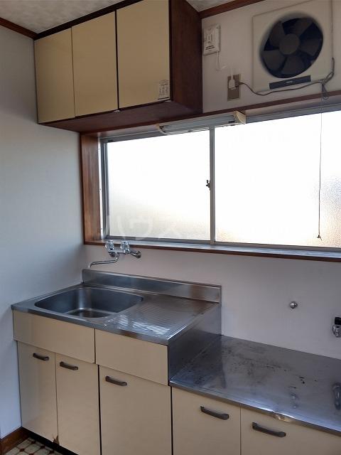 大森マンション 203号室のキッチン