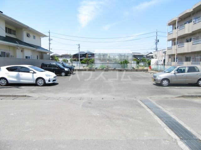 ファインシティ21 107号室の駐車場