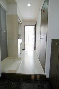 クレセントM浮島 303号室の玄関