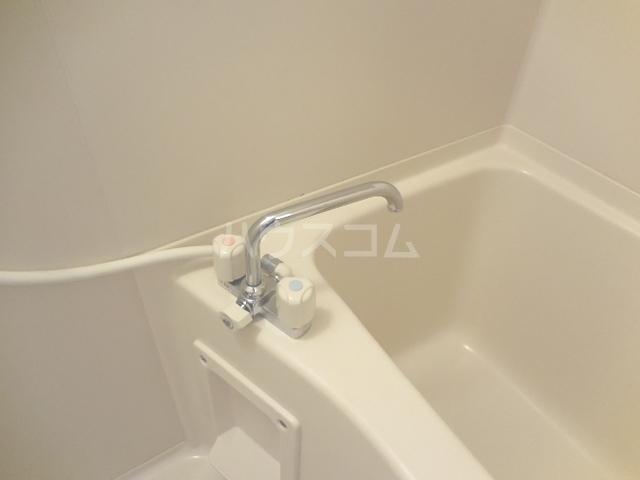 トゥインクル 101号室の風呂