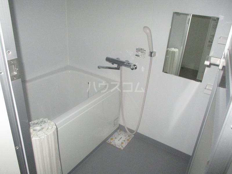 桜ヒルズ 102号室の風呂