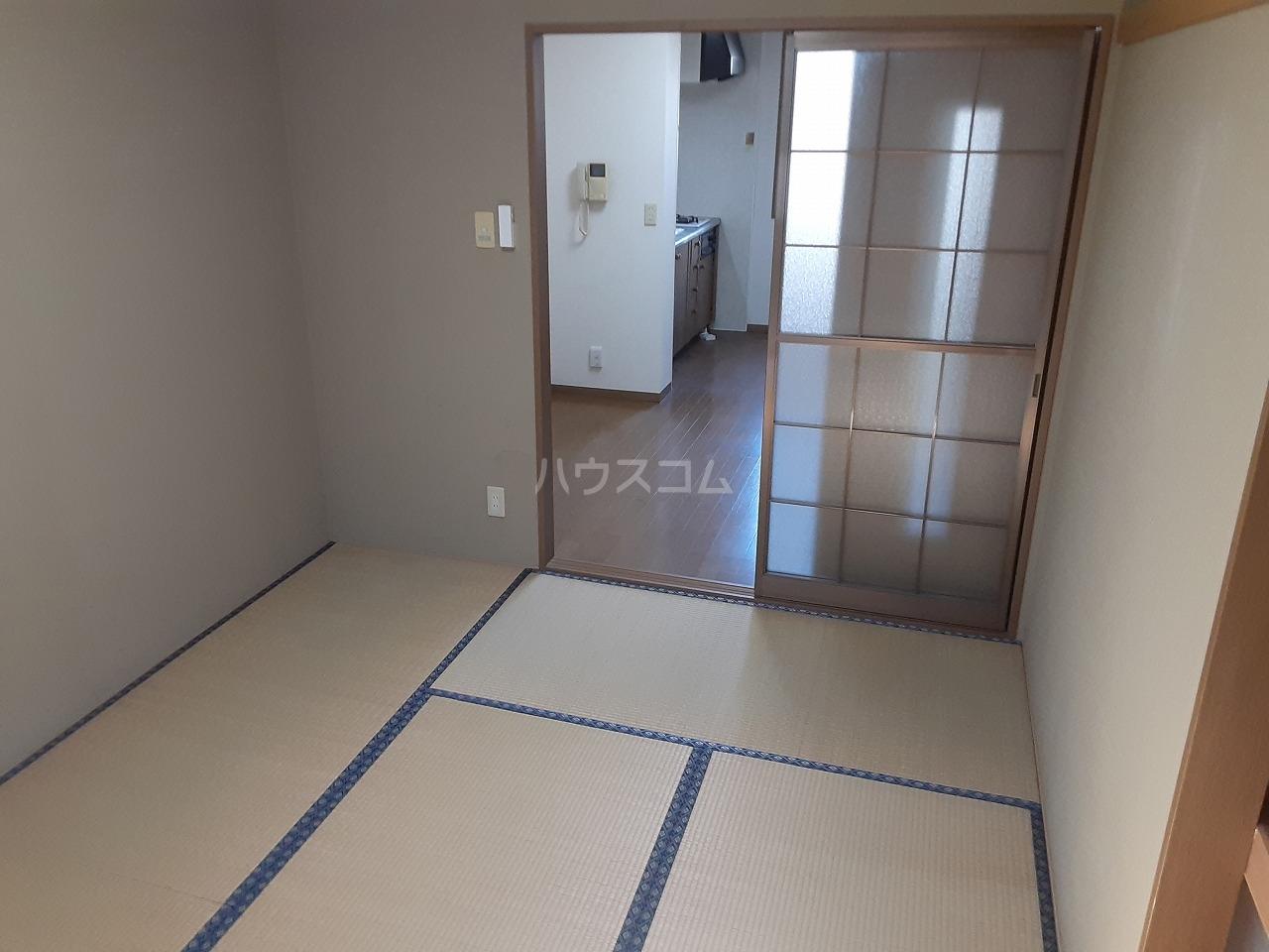 コンフォールB 102号室の景色