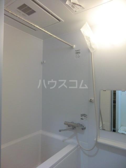 ラッシュグラス 203号室の風呂