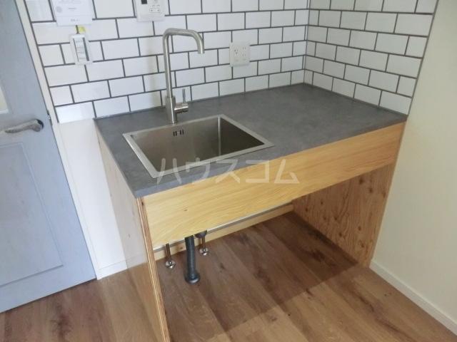 ラッシュグラス 203号室のキッチン