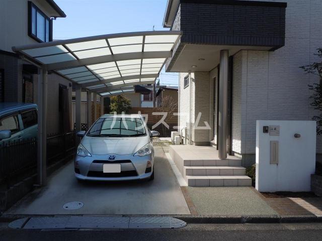 筒林(近藤)戸建借家の駐車場