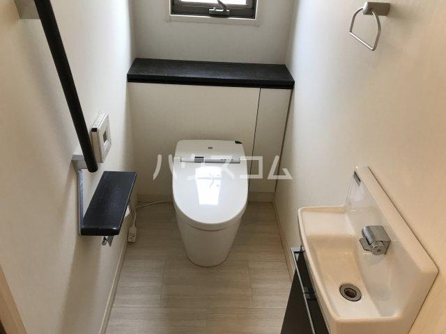筒林(近藤)戸建借家のトイレ