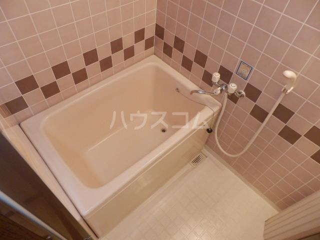 サングランメール 6A号室の風呂