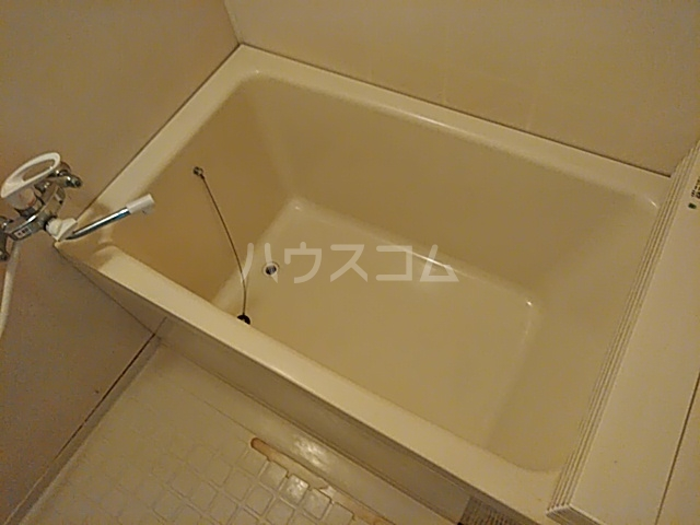 ベル&MKハイツ 302号室の風呂