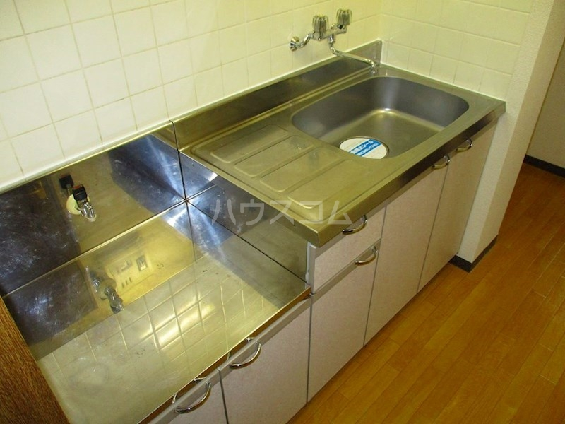 U-シュプール 202号室のキッチン