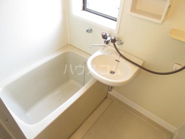 アーバンヴィラ 2-B号室の風呂