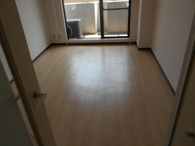 パラドール西院PART-Ⅱ 306号室のリビング