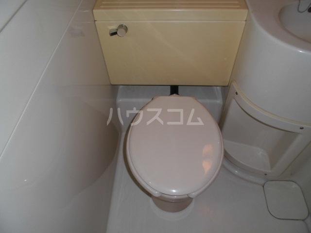 清水マンション 202号室のトイレ