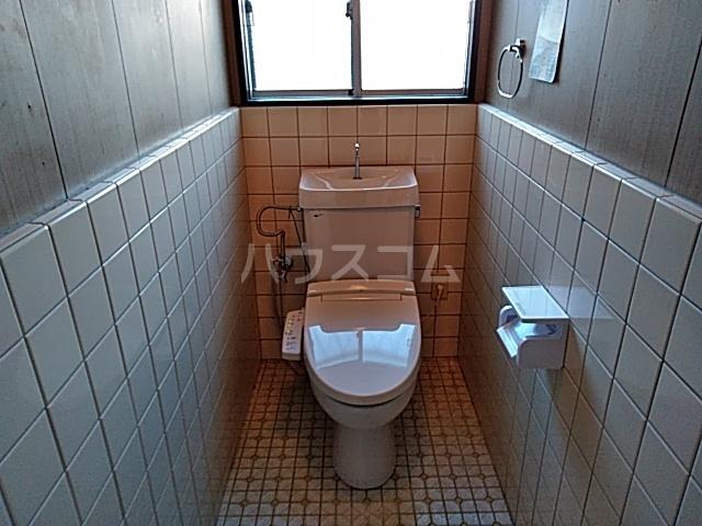 罧原町貸家のトイレ