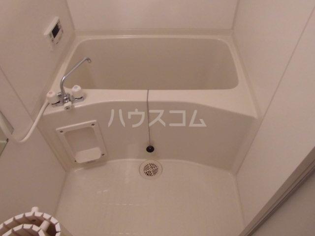 マンションいそい伯楽 303号室の風呂