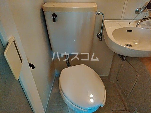 小山ハイツ 202号室のトイレ