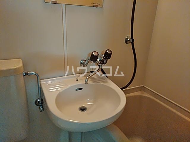 小山ハイツ 202号室の洗面所