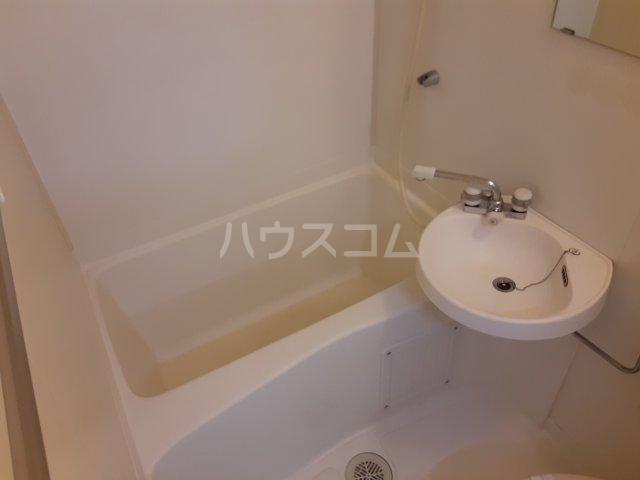 シティーコーポ円町 101号室の風呂