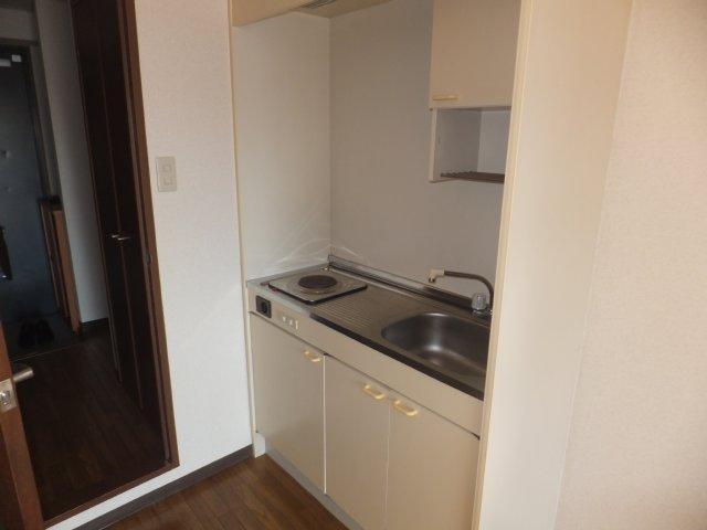 メゾンシャルム 4E号室のキッチン
