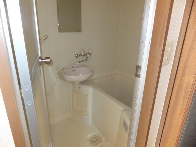 メゾンシャルム 4E号室の風呂