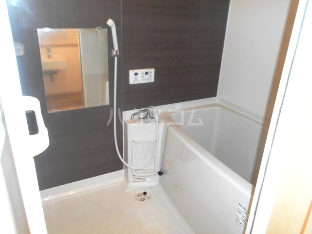 スカイキングⅡPlus 104号室の風呂