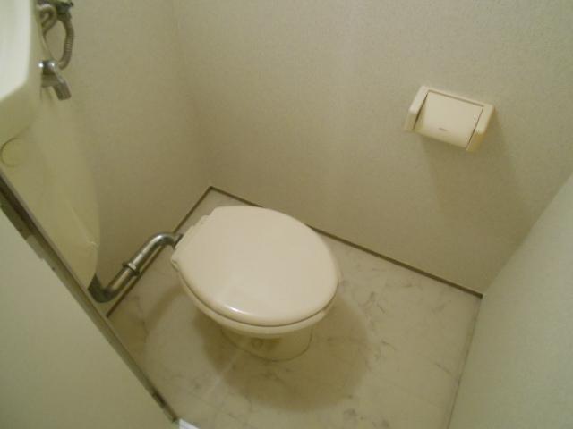 中川第6コーポ 605号室のトイレ