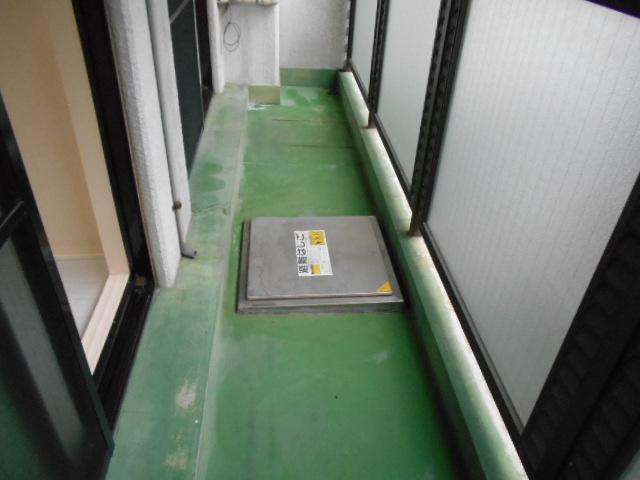 中川第6コーポ 605号室のバルコニー