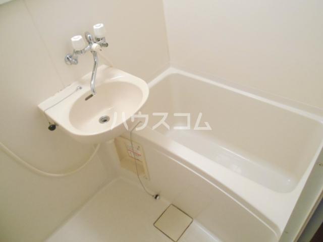 プリジェール太子道 202号室の風呂