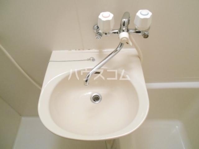 プリジェール太子道 202号室の洗面所
