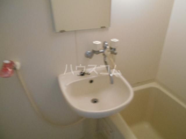 パルコーポ太子道 203号室の洗面所