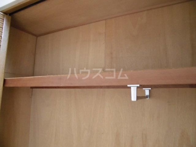 ピノハウス 208号室の収納