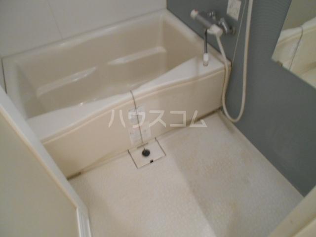 アソルティ西院 302号室の風呂
